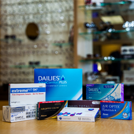 Scleral Contact Lenses from FRESHLOOK, AIR OPTIX and DAILIES