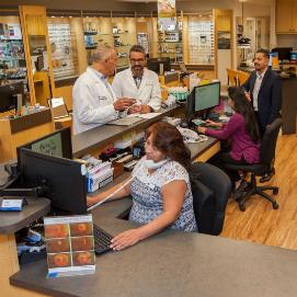The friendliest team of optometrists in the San Fernando Valley